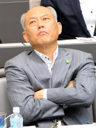 舛添氏追及・都議会一般質問(14)「一秒も早くその場から降りてもらいたい」辞任迫る都議