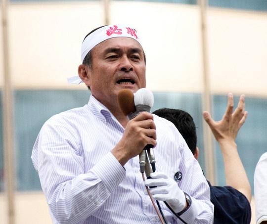 10日投開票の参院選で、社民党は比例区の当選者が福島瑞穂前党首の1人にとどまり、吉田忠智党首らの落選が確実となった。