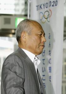 舛添氏の辞職願に謝罪の言葉なし…本人が届けず15日中の会見もなし