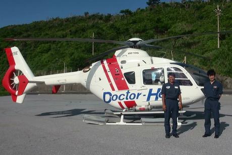 沖縄県ドクターヘリ。