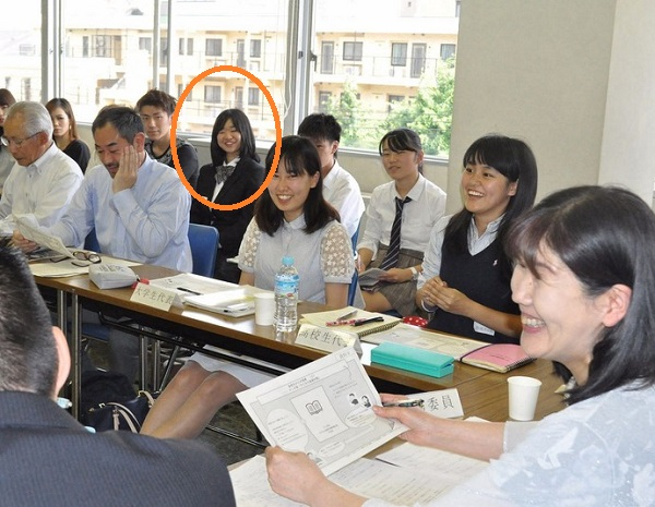 「かながわ子どもの貧困対策会議」には、出席者として戸田有紀(NHK報道局 遊軍プロジェクト 記者)が出席しており、その傍聴人に「うらら」こと杉山麗がいた!