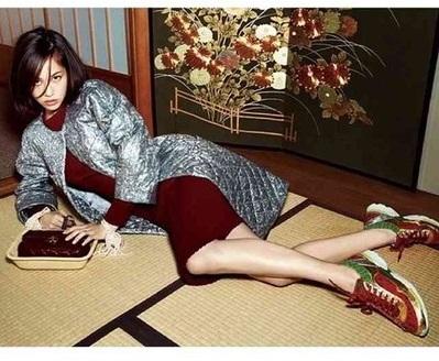 米国+韓国のハーフ。畳で土足。これがカッコイイと思ってんのか?!舐めとったらアカンぞ。