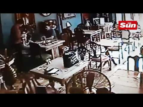 SAMSUNG GALAXY S7 EXPLOSION IN RESTAURANT