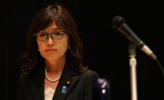稲田朋美防衛相 「(百人斬りは)なかったと思っている」「政治家であれば誰しも首相を目指している」