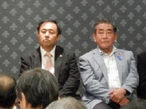我らの鈴木信行候補(東京選挙区)は、永田町にある全国町村会館で開催された「日本の名誉と国益を守る緊急提言の集い」で西村真悟候補(比例代表)などと共に登壇した。
