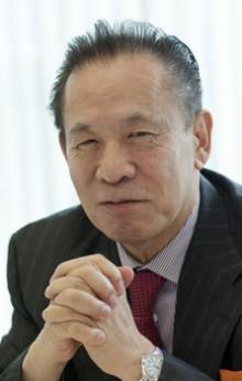 ユニバーサルエンターテインメント(アルゼ)の岡田和生は朝鮮玉入れ機器製造会社の会長