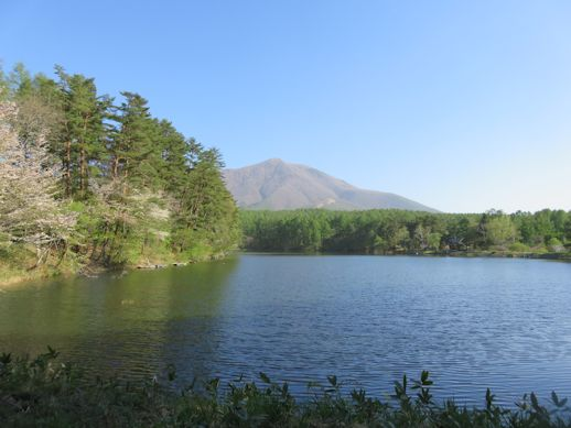 朝 飯綱湖