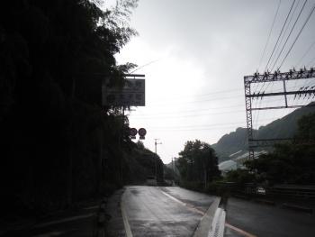 奈良川からの峠