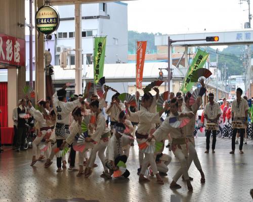 仙台すずめ踊り1