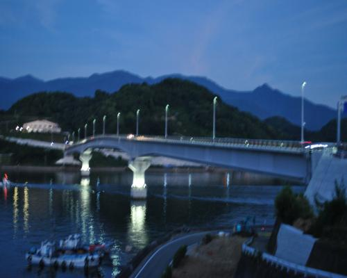 九島大橋点灯前