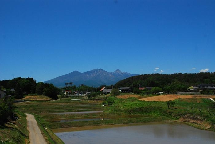 八ヶ岳と高根町の風景