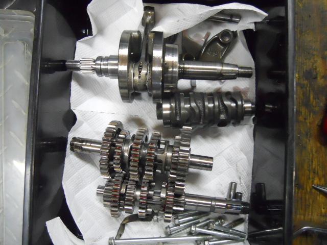 HKh2808エンジン点検 (9)