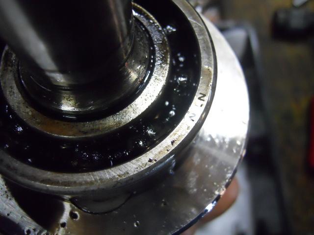HKh2808エンジン点検 (11)