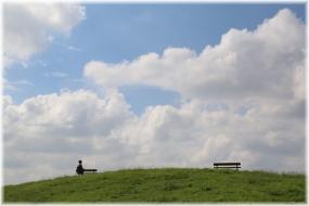 160903E 001雲と丘32