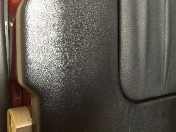 ドアトリム 破れ補修 ベンツ G320