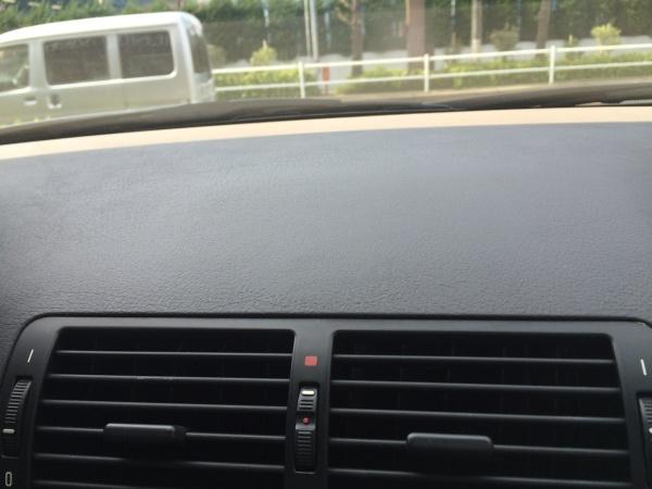 ダッシュボード ナビ痕補修 BMW330Ci (E46)