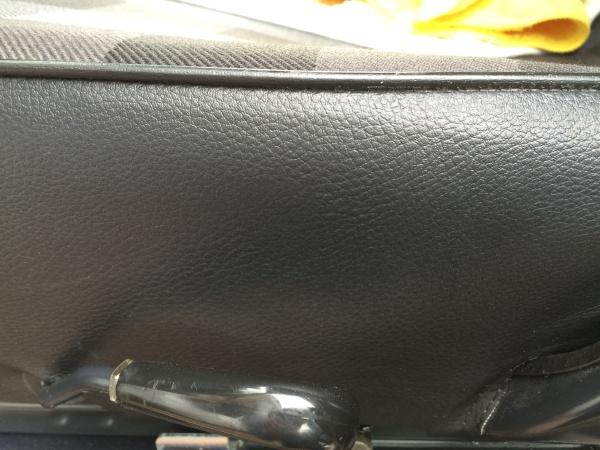 レザーシート 破れ補修 ベンツ G300