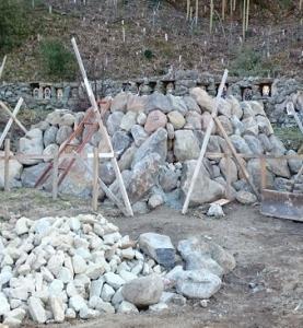 石のピラミット0315 (1)