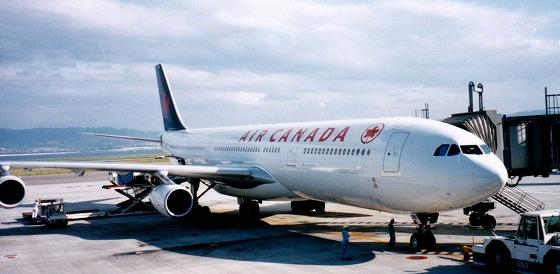 960505カナダ-1関空