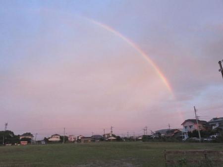 朝の虹 014
