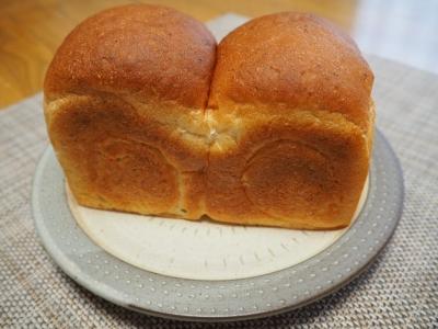 P_studiomimosa玄米食パン