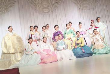 sarah2016augjapankorea1.jpg