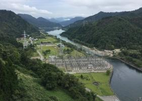 田子倉湖ダム2