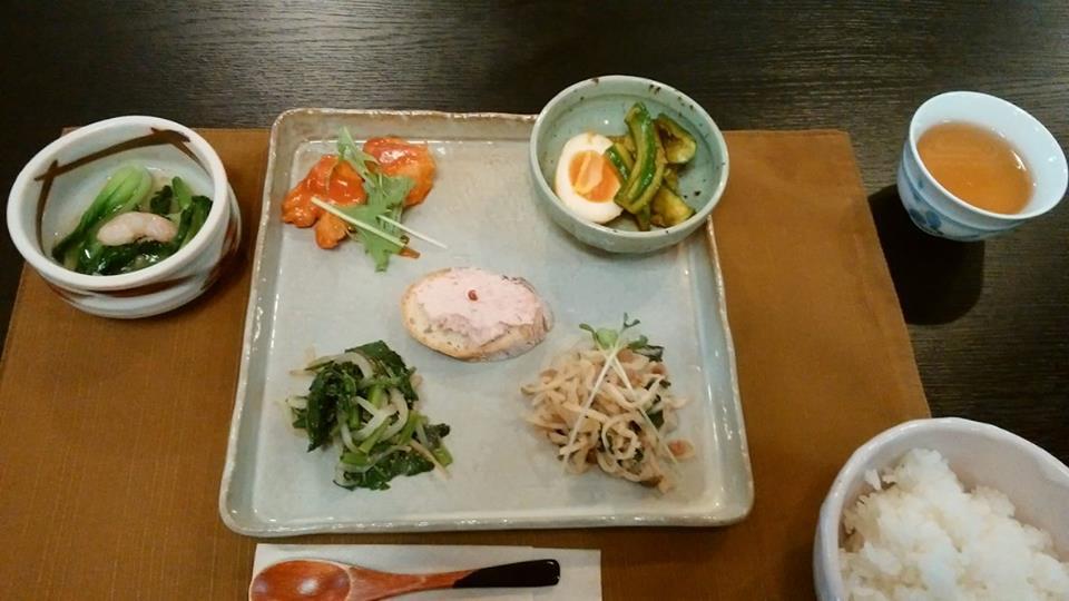 法多山寺スタ朝食