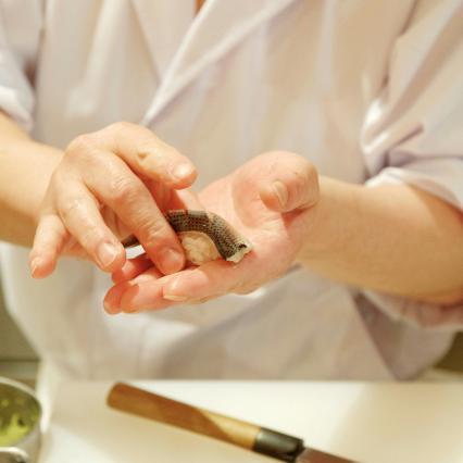 0404_sushi.jpg