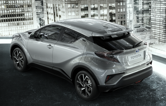 TOYOTA_C-HR_03-20160628091034.png