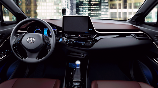 TOYOTA_C-HR_04-20160628091037.png