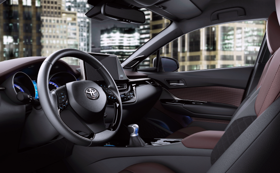 TOYOTA_C-HR_05-20160628091039.png