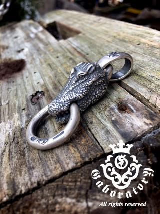 Alligator_pendant_convert_20160919143746.jpg