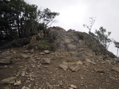 雷岩160728