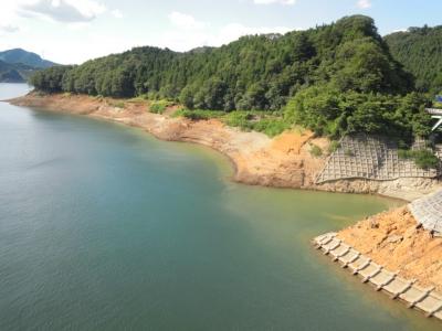 宮ケ瀬湖やまびこ大橋から160807