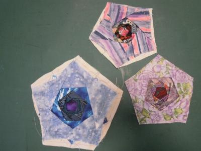 5角形バラ風パッチ1