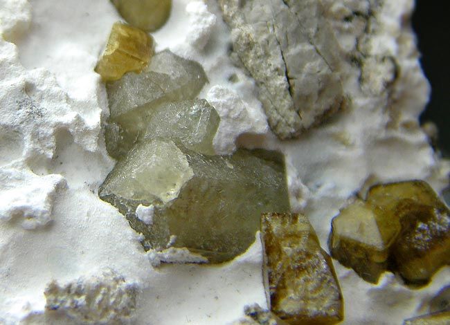 No.885 Vesuvianite