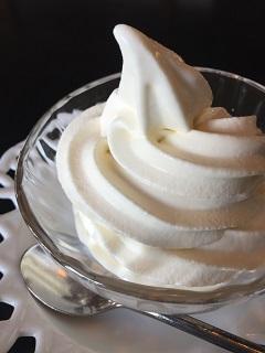 天童荘ガーデンカフェ 湯上がりソフトクリーム