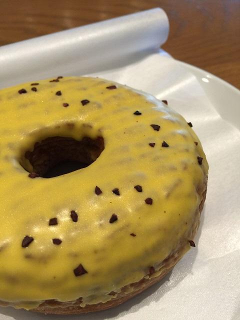 スターバックスコーヒージャパン パッションフルーツクリームドーナツ