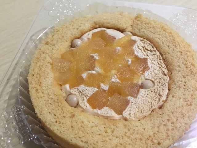 ウチカフェスイーツ プレミアム青森県産りんごとキャラメルのロールケーキ2