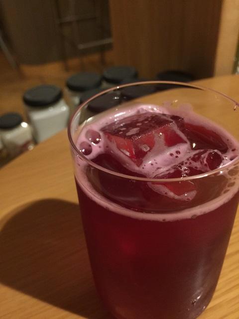 喫茶 クローク 自家製赤紫蘇ソーダ