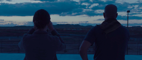 sicario-movie-emily-blunt-hd-screencaps-17.png