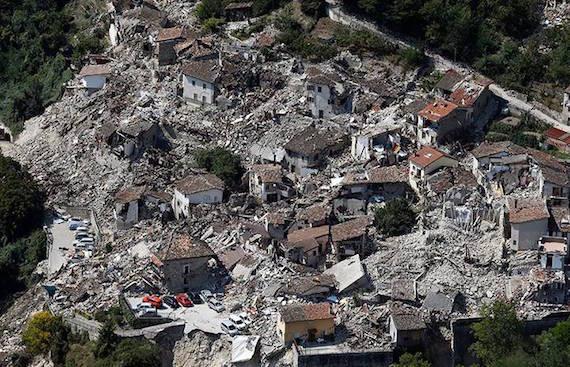 italy-quake-above01.jpg