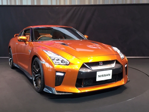 160512_nissan-global-gallery_35GT-R