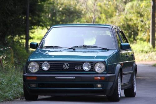 volkswagen-golf-2-gti-8v_02