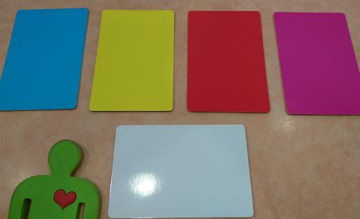 色いろカード