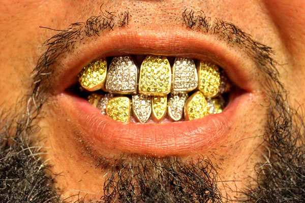 Grillz_Jewelz_2016_growaround_0000_レイヤー 3