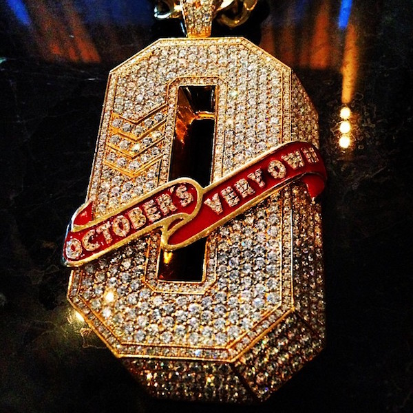 drake-octobers-very-own-ovo-o-initial-piece-pendant.jpg