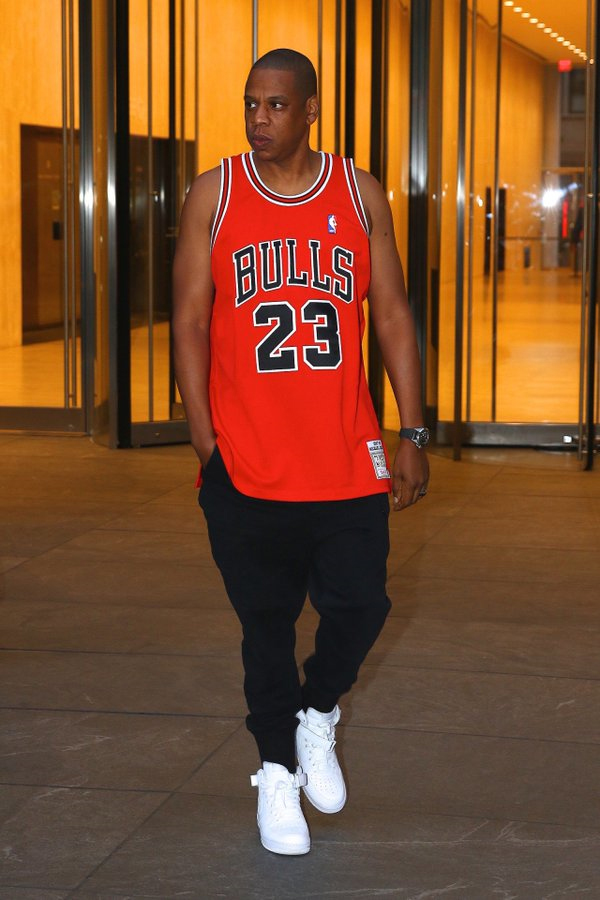jayz_throwbackjersey_growaround_1.jpg