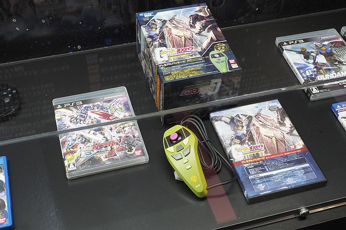 ガンダムゲーム30周年展 073
